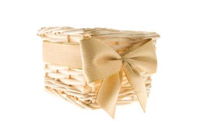 Geschenkkorb für Männer zusammenstellen: Freude und Herausforderung zugleich.