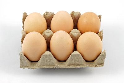 Eier sind eine wichtige Zutat für den Kaiserschmarrn.