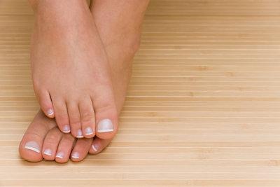 Mit Entgiftungspflastern entgiften Sie über die Füße den gesamten Körper.