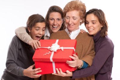 So machen Sie älteren Damen zu Weihnachten eine Freude.