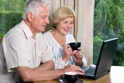 Vielleicht möchten Senioren sogar an den Planungen für die Adventsfeier beteiligt sein.