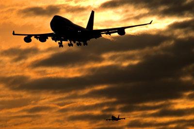 Landung auf dem London Heathrow. So vertreiben Sie längere Wartezeiten.