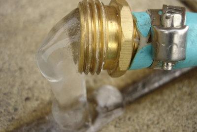Vorsicht ist beim Auftauen von Wasserleitungen geboten!