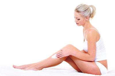 Verwöhnen Sie Ihre Haut mit einem selbstgemachten Körperpeeling.
