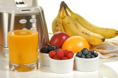 Flüssignahrung können Sie aus Obst und Gemüse herstellen.