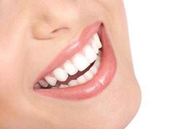Durch richtige Ernährung stärken Sie Ihren Zahnschmelz.