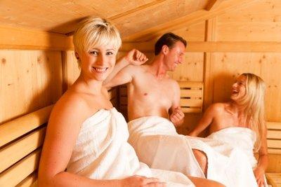 Die Sauna ist ein idealer Platz für Vaginalpilz. Beugen Sie durch richtige Hygiene vor!
