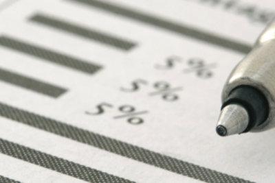Fahrtkostenabrechnung mit der Steuerklärung einreichen.