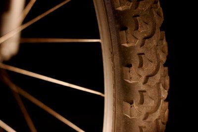 Pumpen Sie Ihren Fahrradreifen richtig auf.