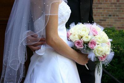Verheiratete können Steuern sparen.