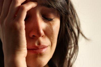 """""""Ich weine ohne Grund"""" - Schuld kann ein Medikament oder eine Überforderung sein."""