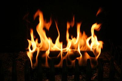 Feuerholz kann teuer werden.