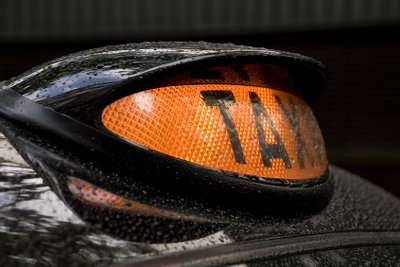 Taxifahrer benötigen den Personenbeförderungsschein.
