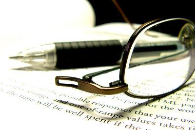Brille: Normale Sehhilfe oder Bildschirmarbeitsbrille?