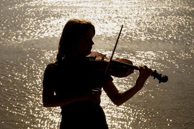 Vor dem Kauf einer passenden Geige, sollten Sie sich informieren.