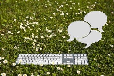 Beim Chatten muss es schnell gehen - gut zu wissen, welche Chat-Zeichen was bedeuten.