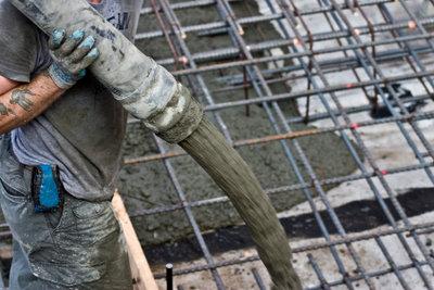 Mit der richtigen Vorbereitung lässt sich Beton leicht verarbeiten.