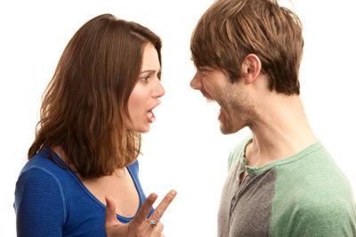 Ein Ehestreit muss nicht laut werden.