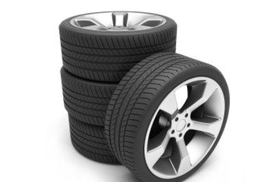 In den Fahrzeugpapieren können Sie sehen, welche Reifen auf Ihr Auto passen.