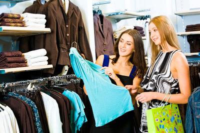 Mode unter dem eigenen Label kreieren - ein Traumjob mit einigen Hindernissen.