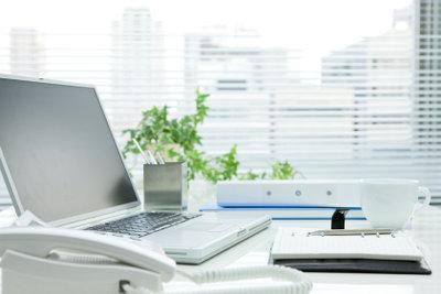 Gute Arbeitsergebnisse erfordern gute Arbeitsbedingungen - so auch einen passenden Schreibtisch.