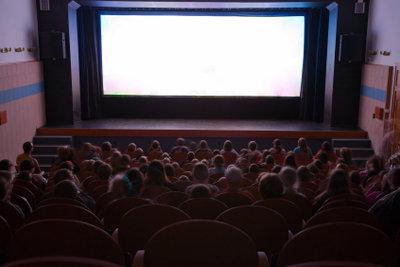 Filme auf das iPhone übertragen und herunterladen - so einfach geht das.