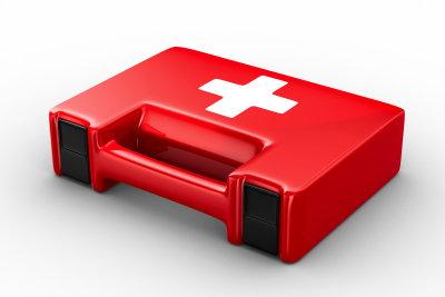 Rufen Sie den Notarzt, wenn der Verdacht auf eine Blutvergiftung besteht.