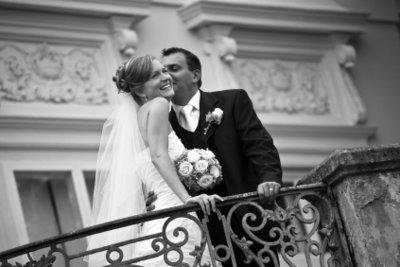 Gratulieren Sie zur Hochzeit mit einem individuellen Glückwunsch!