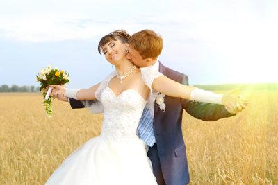Die Namensänderung ist die letzte Hürde nach der Heirat.