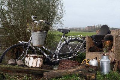Ein zweckgebundenes, unentbehrliches Fahrrad können Sie selbst zusammenstellen.