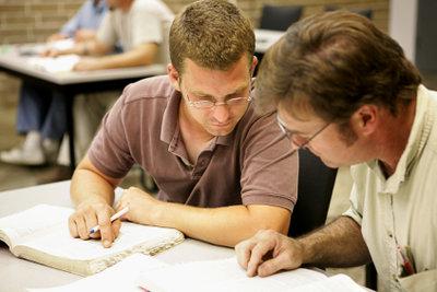 Die allgemeine Fachhochschulreife per Fernunterricht in einem Jahr machen.
