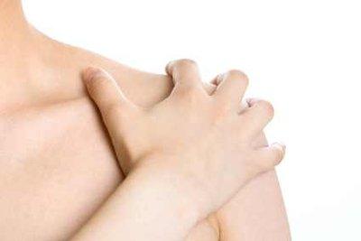 Ein starkes Schultergelenk bekommt man durch regelmäßiges Training.
