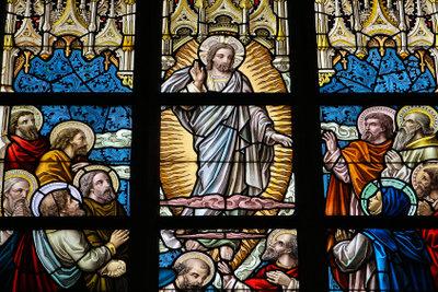 Jedes Jahr wird an Pfingsten die Entsendung des Heiligen Geists an einem anderen Tag gefeiert.