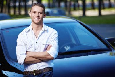 Die Kosten für den Firmenwagen können Sie steuerlich absetzen.
