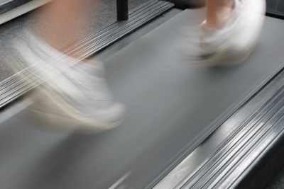 Ein Sport, bei dem man gut abnimmt, ist sicherlich Joggen.