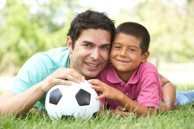 Vatertagsgeschenke von ihren Kindern werden von Vätern geliebt!
