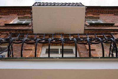 Wenn Sie einen Balkon nachträglich anbauen benötigen Sie eine Baugenehmigung.