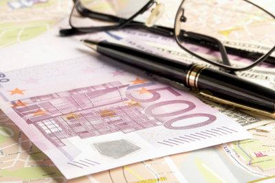 2011 wurde das neue elektronische Lohnsteuerverfahren eingeführt. Deshalb muss man keine Lohnsteuerkarte mehr beantragen.