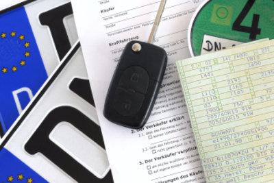 Bei Fahrzeug An- oder Ummeldung benötigen Sie Ihren Fahrzeugschein. So lesen Sie ihn richtig.