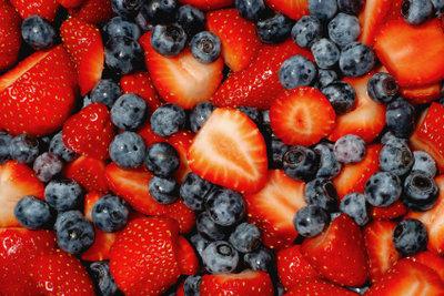 Ihre Arthrosebeschwerden können Sie mit gesunder Ernährung lindern.