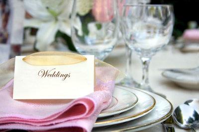 Den schönsten Tag im Leben kann man in einer Hochzeitszeitung festhalten.