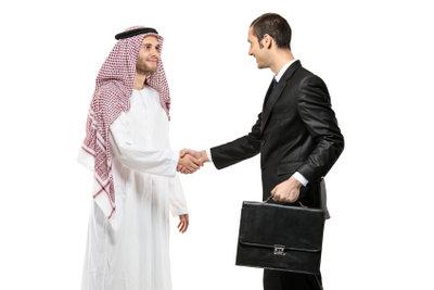 Damit man Sie versteht, wenn Sie Arabisch sprechen, üben Sie die Aussprache.