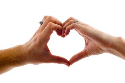 Mit diesen Ideen überraschen Sie ihn an Valentinstag.