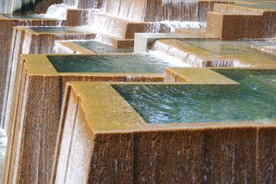 Bauen Sie eine Wasserwand selber!