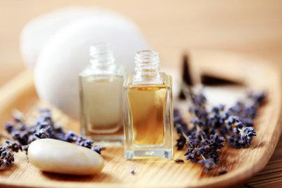 Aus unterschiedlichen Düften lässt sich herrliches Massageöl herstellen