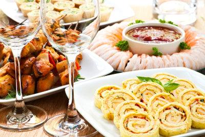 Bei Appetitlosigkeit sollten Sie sich besonders leckeres Essen gönnen.