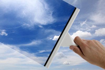 Streifenfreie Fenster - das gelingt auch ohne Chemie.
