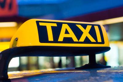 Taxi fahren als Nebenjob - hierzu benötigen Sie einen Personenbeförderungsschein.
