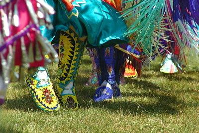 An Karneval macht das Kostüm den Indianer aus.