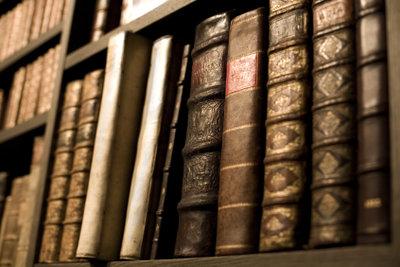 Es gibt zahlreiche Verlage, die gute Kurzgeschichten in Anthologien veröffentlichen